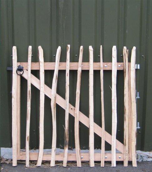 Kastanje houten looppoort 120cm x 120cm